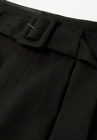 Mango - STRAIGHT-FIT - Chino kalhoty - black - 6