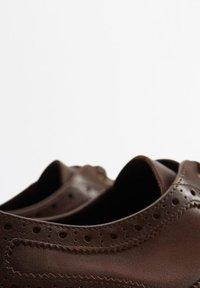 Mango - LEONAPA - Smart lace-ups - mittelbraun - 4