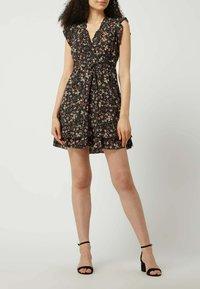 APRICOT - Day dress - schwarz - 1