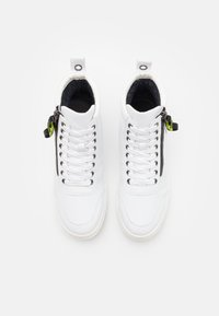 Madden by Steve Madden - ASTALL - High-top trainers - white - 3