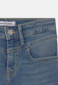 Calvin Klein Jeans - SKINNY - Skinny džíny - blue - 2