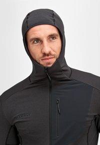 Mammut - ACONCAGUA - Soft shell jacket - black - 2