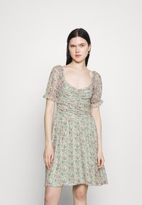 Vila - VIVOLETTE WILDY DRESS - Day dress - desert sage - 0