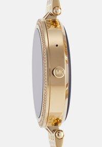 Michael Kors Access - GEN 5E DARCI - Smartwatch - gold-coloured - 2