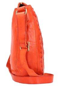 Campomaggi - Across body bag - orange - 2