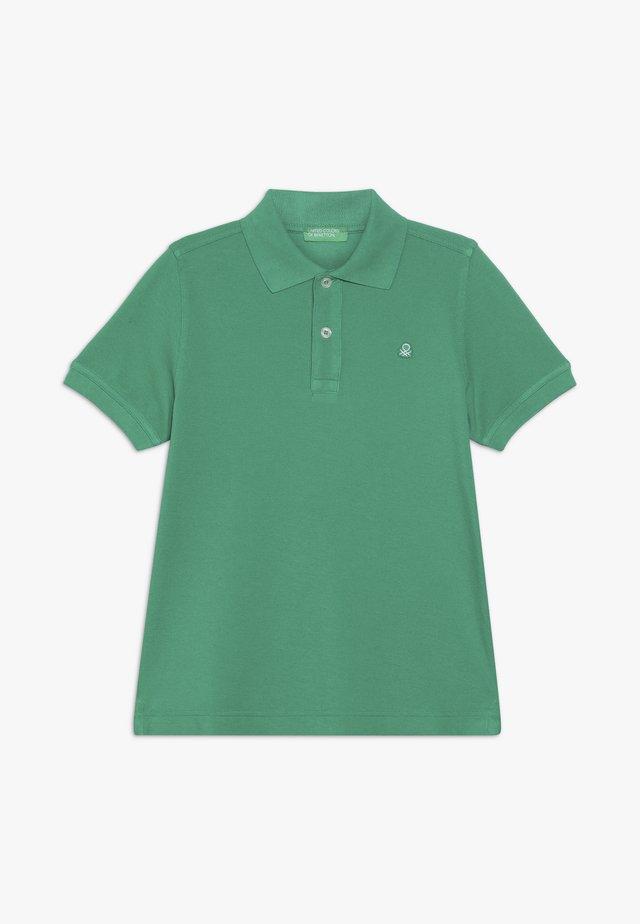 Pikeepaita - green