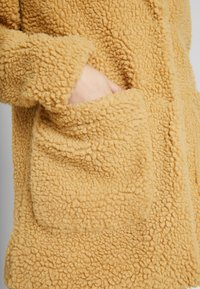 TWINTIP - Winter coat - mustard - 5