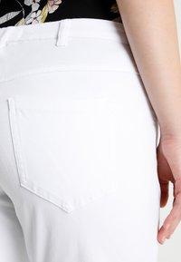 Zizzi - EMILY - Denim shorts - bright white - 5