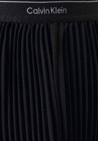Calvin Klein - SHORT MICRO PLEAT SKIRT - Mini skirt - black - 2
