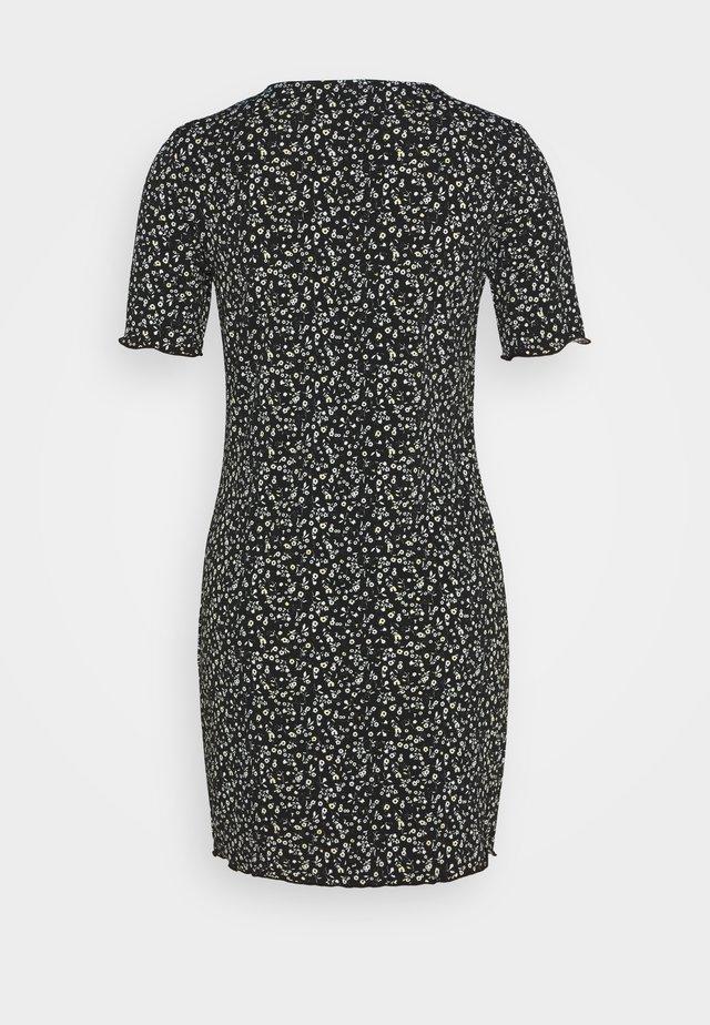 PCGAFI DRESS PETITE - Jersey dress - black