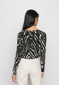 Monki - ESTHER - Long sleeved top - black/white - 2