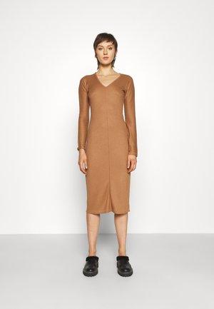 THE BIAS DRESS - Jumper dress - camel