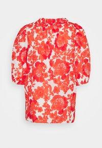 Hofmann Copenhagen - ELLIE - Blouse - coral print - 1