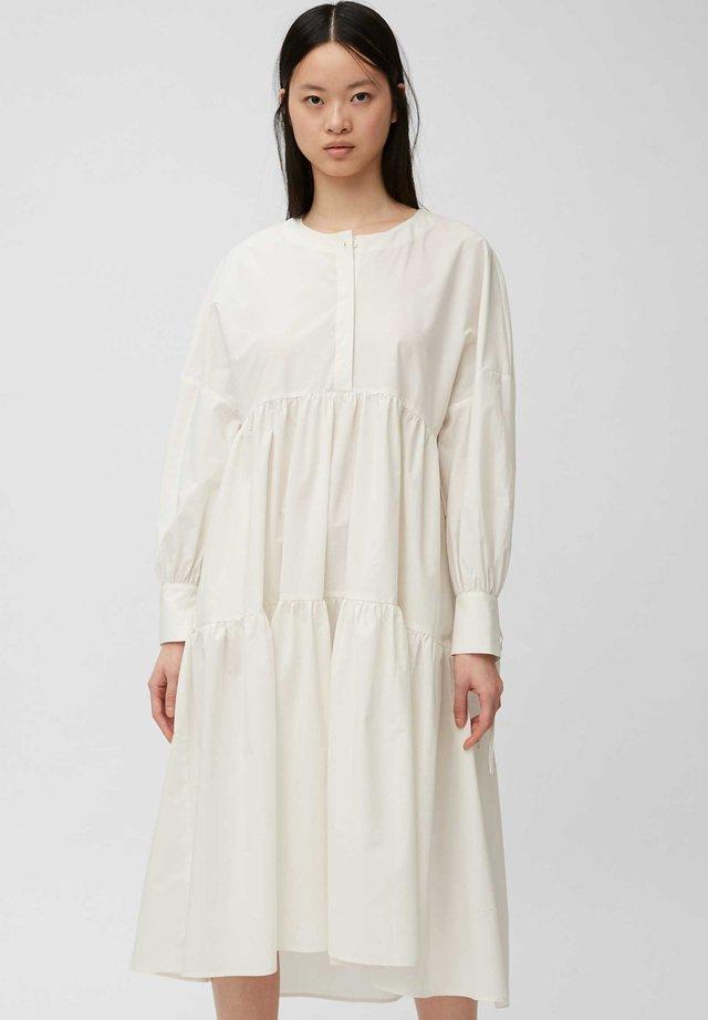 Korte jurk - clear white