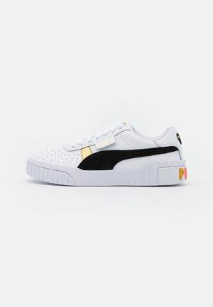 CALI VARSITY  - Trainers - white/black