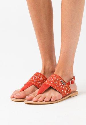 MOST - T-bar sandals - coral