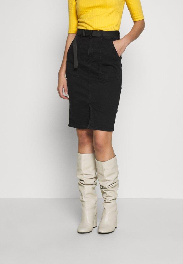PCNALA PENCIL BUCKLE SKIRT - Pencil skirt - black denim