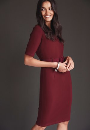 PONTE BODYCON DRESS - Shift dress - berry