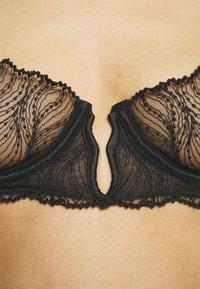 Bluebella - IRENA BRA - Underwired bra - black - 5