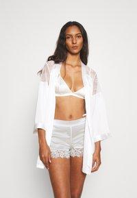 Etam - ROMARIN SHORT - Pantaloni del pigiama - ecru - 1