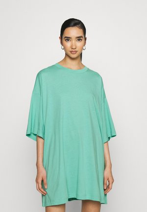 HUGE - Jednoduché triko - turqoise green