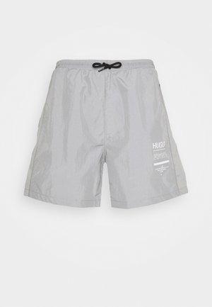 DACKSON - Shorts - silver