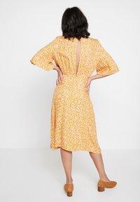 Nümph - KISMET DRESS - Day dress - peach - 2