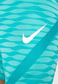 Nike Performance - STRIKE - Sports shorts - aquamarine/tropical twist/white - 5