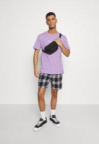 YOURTURN - UNISEX - T-shirts med print - lilac - 1