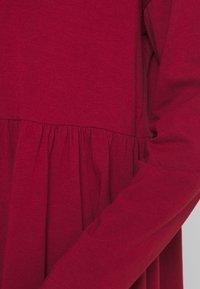 Noisy May - NMKERRY DRESS - Vestito di maglina - rhubarb - 5