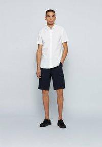 BOSS - MAGNETON - Shirt - weiß - 1