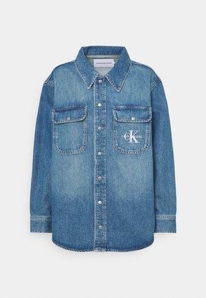 OVERSHIRT - Button-down blouse - blue