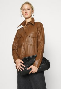 Carin Wester - KAREN  - Skjorte - brown - 3