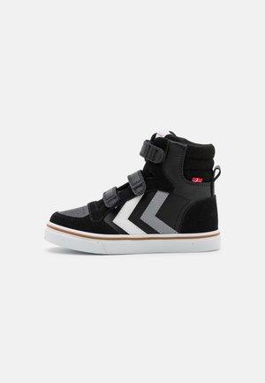 STADIL PRO JR UNISEX - Sneakers hoog - black