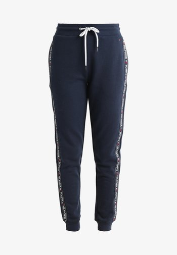 AUTHENTIC TRACK PANT