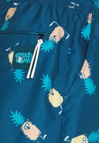 Lousy Livin Underwear - SHORTS ANANAS AND TOWEL - Plavky - blue - 5
