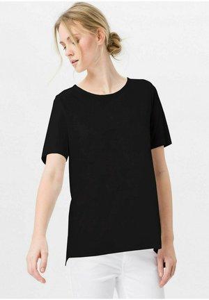 MIT RUNDHALSAUSSCHNITT - Basic T-shirt - schwarz