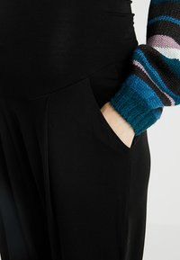 Boob - ONCE ON NEVER OFF EASY PANTS - Pantalones deportivos - black - 4