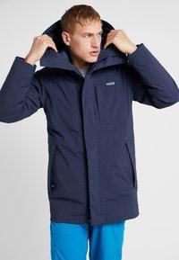 Patagonia - FROZEN RANGE 2-IN-1 - Down jacket - neo navy - 0