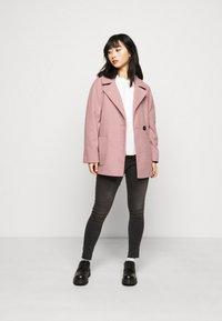 Dorothy Perkins Petite - WRAP - Summer jacket - blush - 1