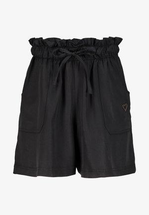 Shorts - moonless
