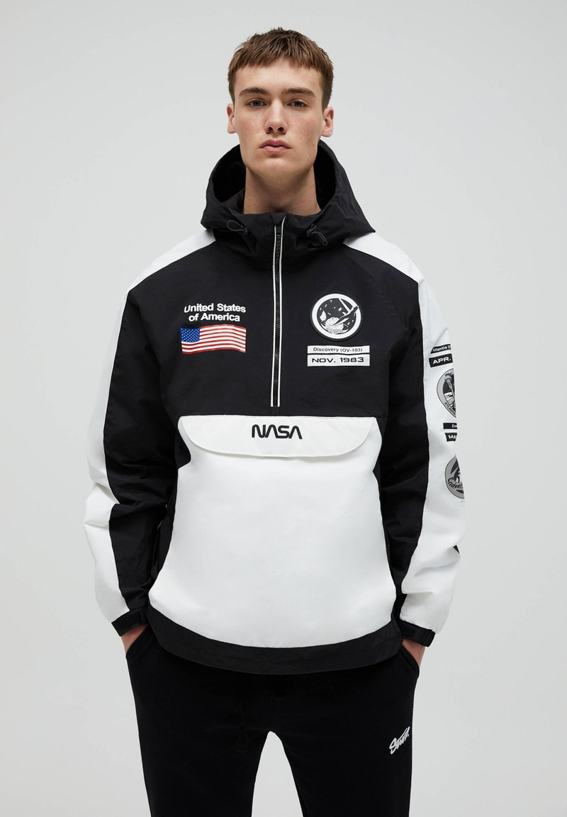 PULL&BEAR - NASA - Windbreaker - white