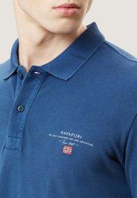 Napapijri - ELBAS - Polo shirt - dark denim - 3