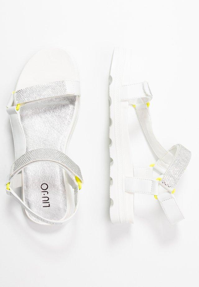 DESY  - Sandals - milk