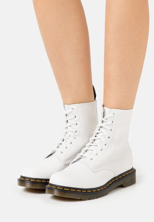 1460 PASCAL - Veterboots - optical white virginia