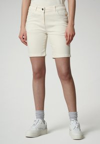 Napapijri - Denim shorts - new milk - 0