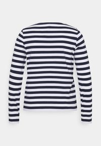Pieces Curve - PCRIA NEW TEE - Long sleeved top - bright white/maritime navy - 7