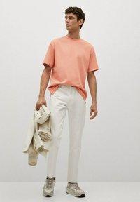 Mango - Basic T-shirt - rose pastel - 1