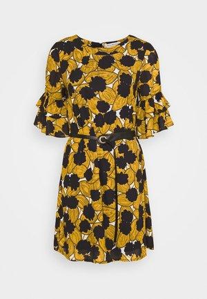 LADIES DRESS PREMIUM - Vestido informal - pompons saffron yellow