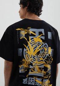 PULL&BEAR - STWD-SLOGAN - Print T-shirt - black - 5